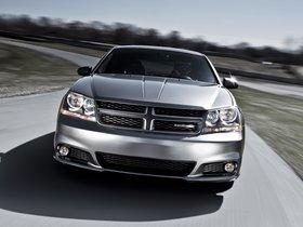 Ver foto 2 de Dodge Avenger RT 2011