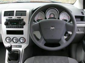 Ver foto 19 de Dodge Caliber 2007