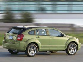 Ver foto 2 de Dodge Caliber R-T 2010