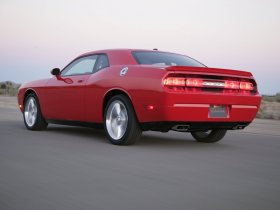 Ver foto 8 de Dodge Challenger R-T 2008