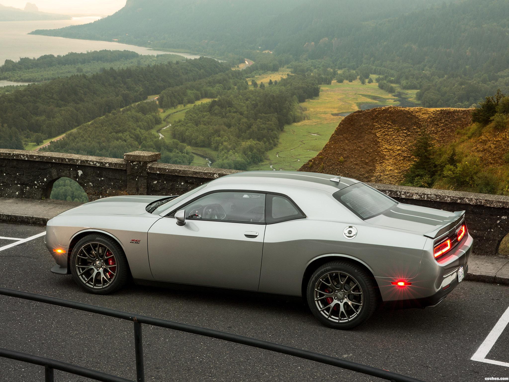Foto 19 de Dodge Challenger SRT 2014