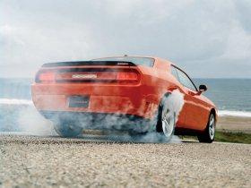 Ver foto 15 de Dodge Challenger SRT-8 2008