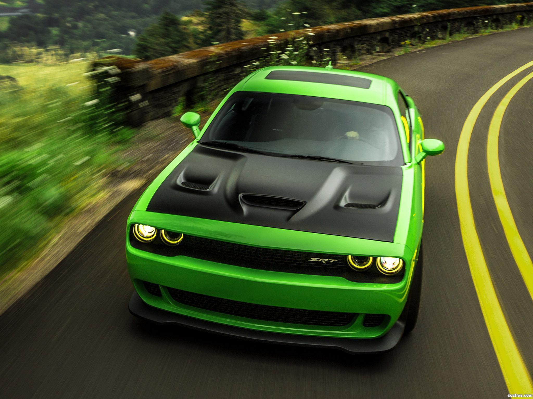 Foto 0 de Dodge Challenger SRT Supercharged Hellcat 2014
