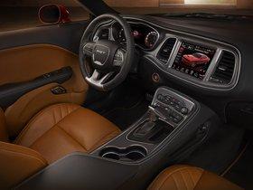Ver foto 28 de Dodge Challenger SRT Supercharged Hellcat 2014