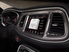 Ver foto 26 de Dodge Challenger SRT Supercharged Hellcat 2014