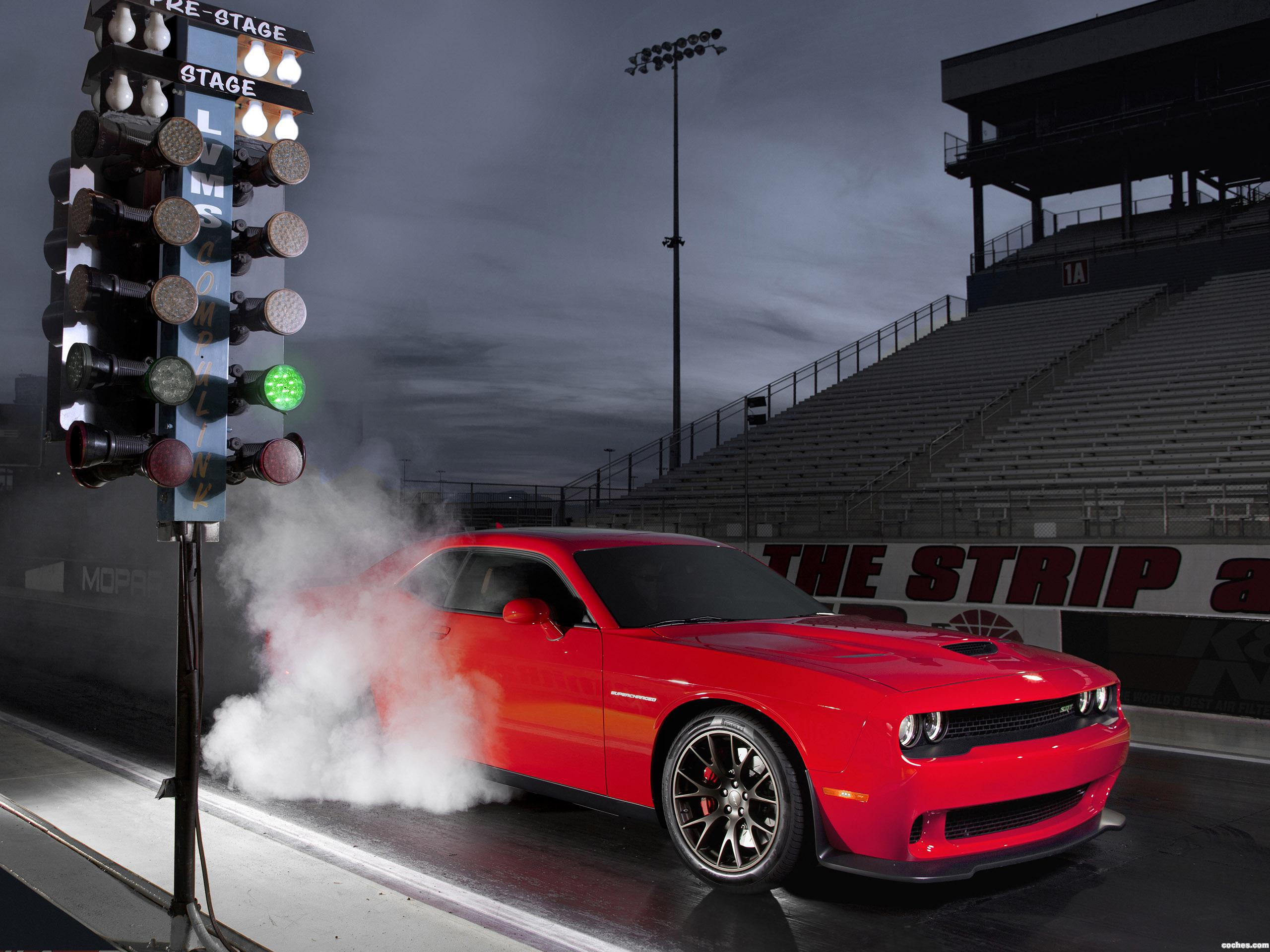 Foto 0 de Dodge Challenger SRT Supercharged 2014