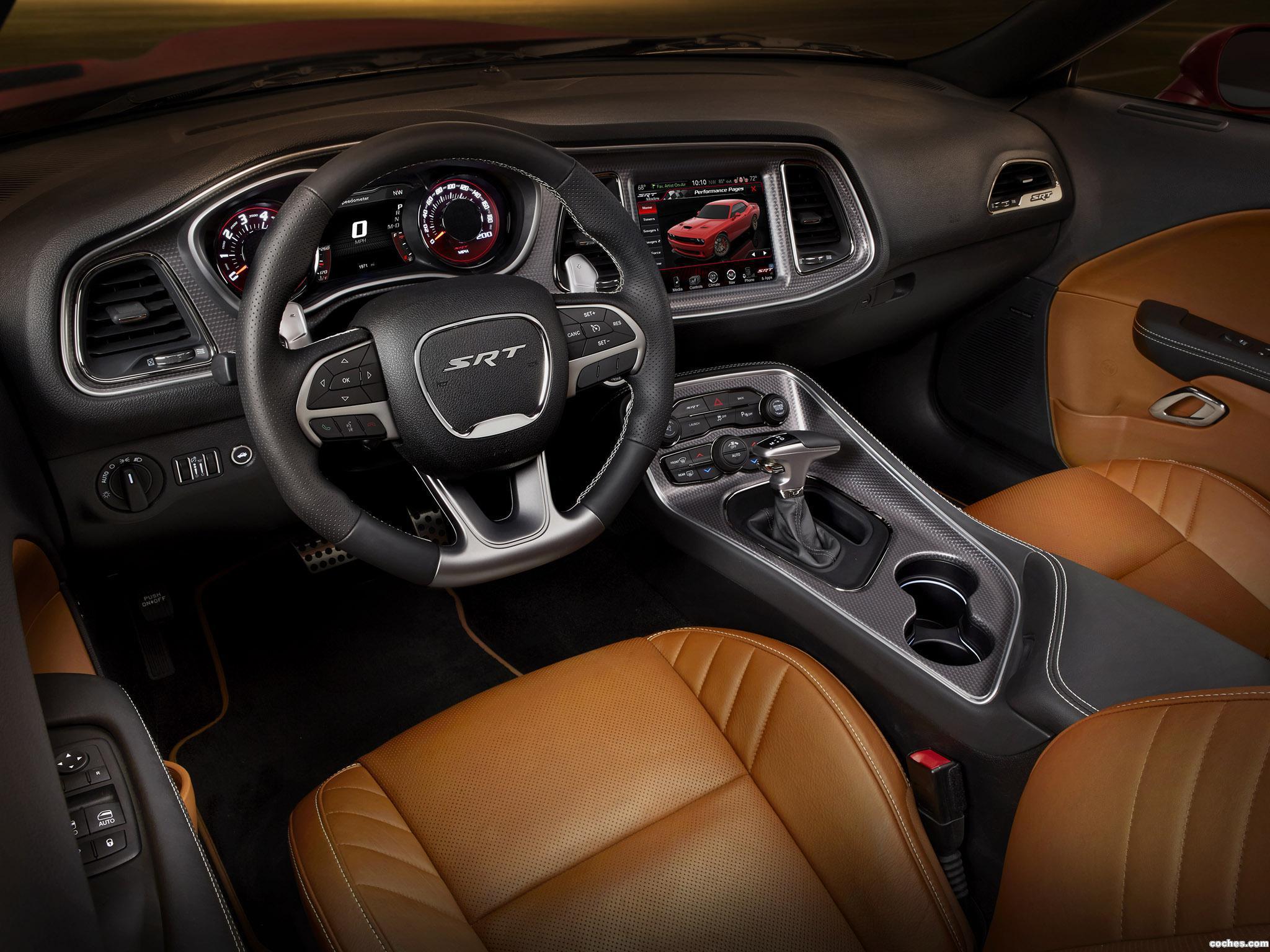Foto 14 de Dodge Challenger SRT Supercharged 2014