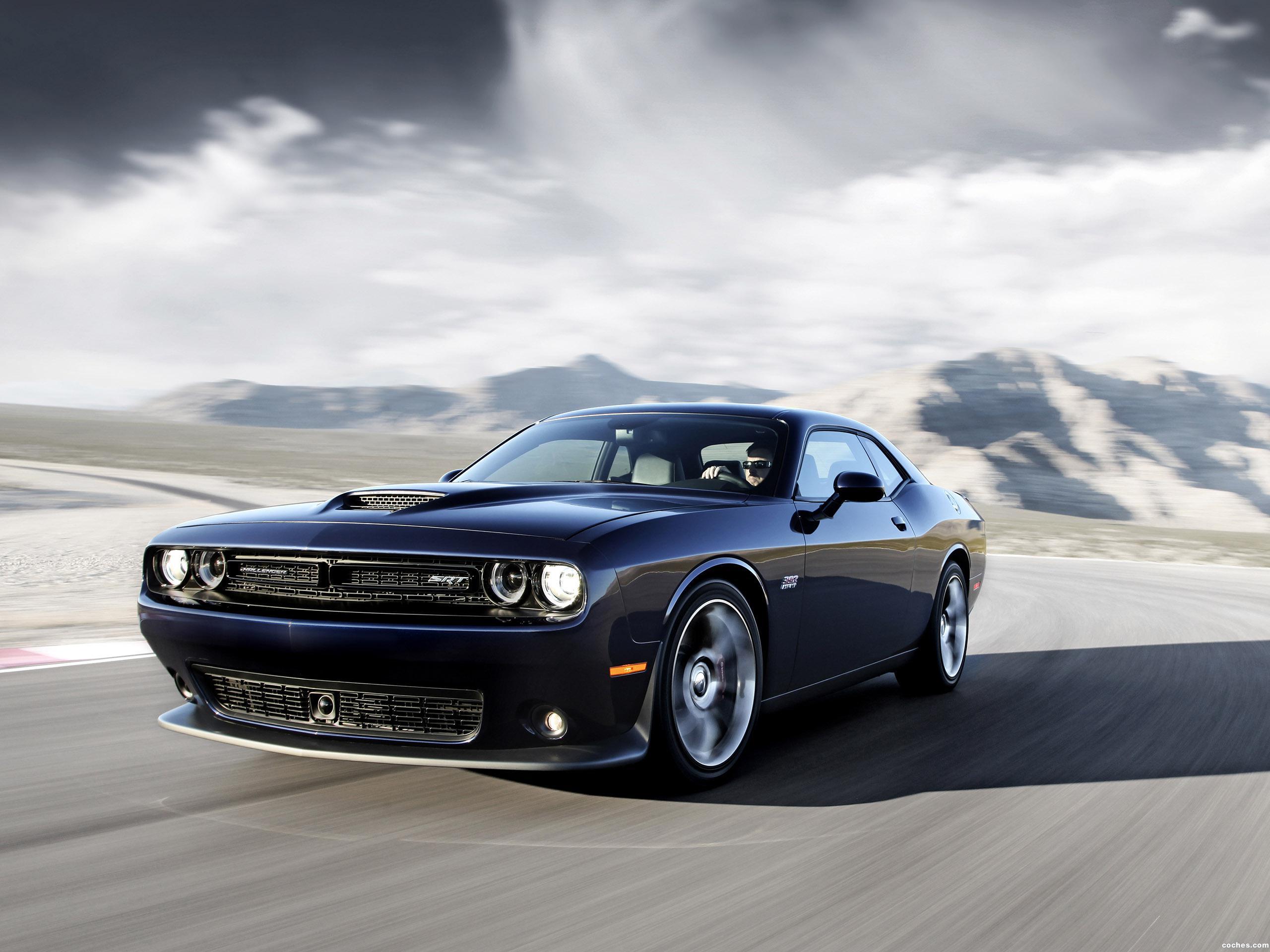 Foto 0 de Dodge Challenger SRT 2014