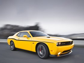 Fotos de Dodge Challenger SRT8 392 Yellow Jacket 2011