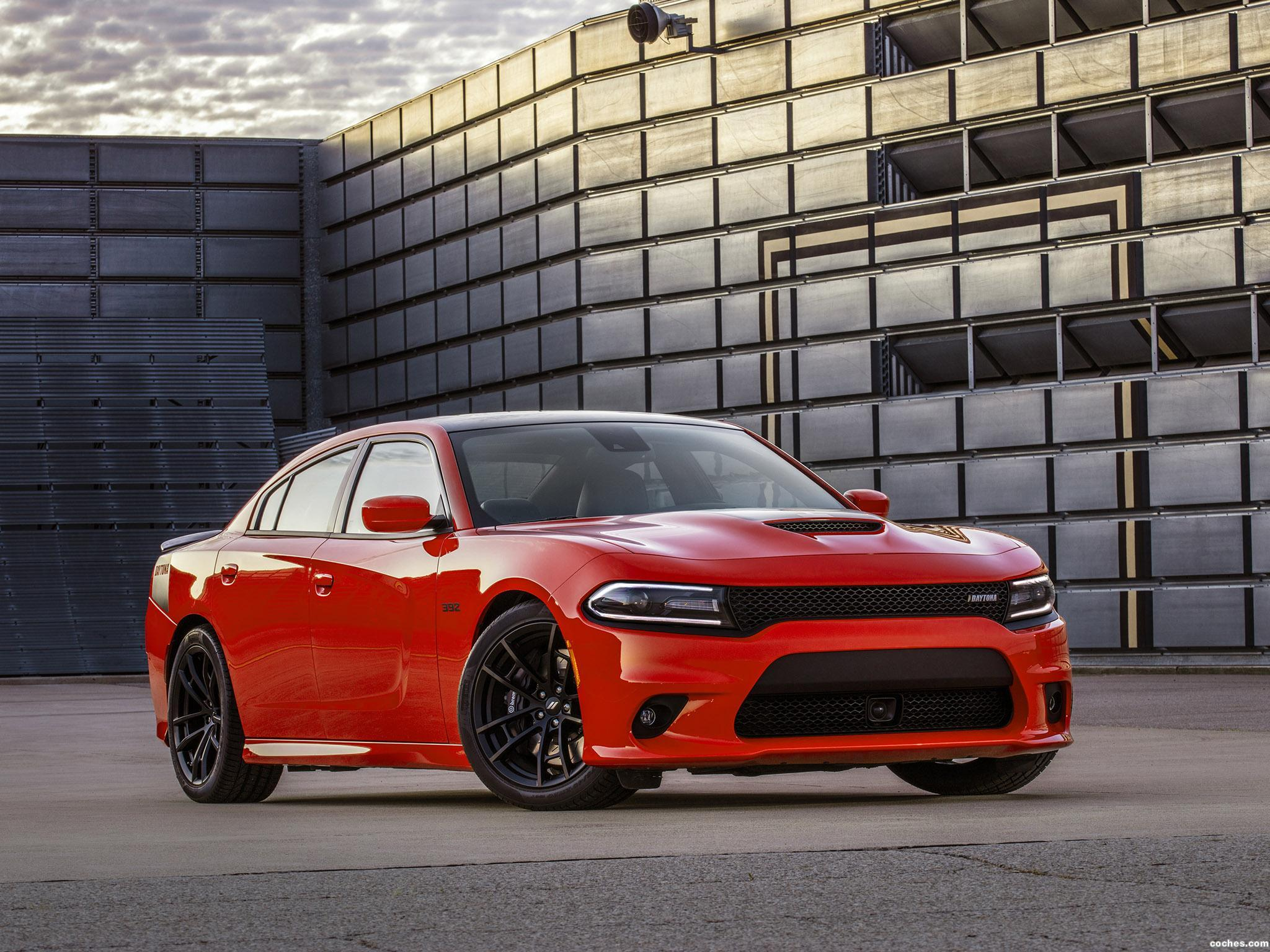 Foto 2 de Dodge Charger Daytona 392 2016