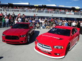 Ver foto 3 de Dodge Charger NASCAR Race Car 2012