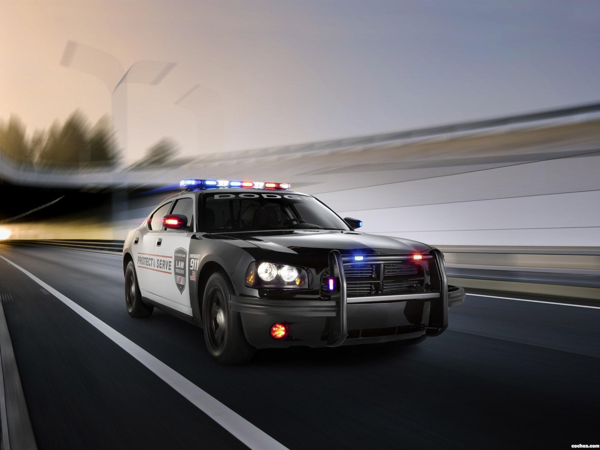 Foto 2 de Dodge Charger Pursuit Police 2010