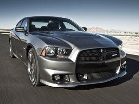 Ver foto 35 de Dodge Charger SRT8 2011