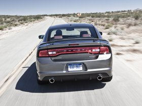Ver foto 33 de Dodge Charger SRT8 2011