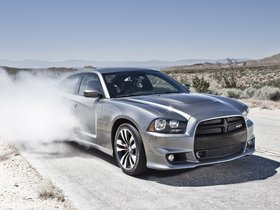 Ver foto 32 de Dodge Charger SRT8 2011