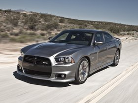 Ver foto 28 de Dodge Charger SRT8 2011