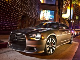 Ver foto 15 de Dodge Charger SRT8 2011