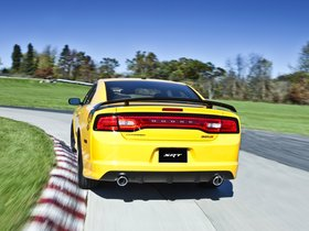 Ver foto 2 de Dodge Charger SRT8 Super Bee 2012