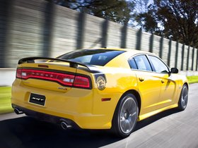 Ver foto 12 de Dodge Charger SRT8 Super Bee 2012