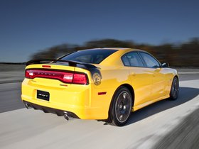 Ver foto 10 de Dodge Charger SRT8 Super Bee 2012