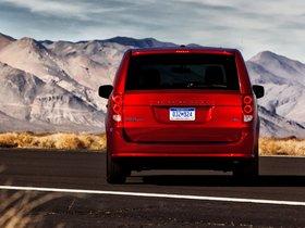 Ver foto 3 de Dodge Grand Caravan R-T 2011