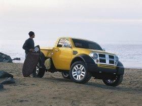 Ver foto 2 de Dodge M80 Concept 2002