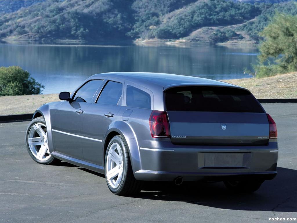 Foto 14 de Dodge Magnum SRT-8 2003