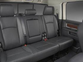 Ver foto 14 de Dodge RAM 3500 Heavy Duty Laramie Mega Cab 4x4 2009