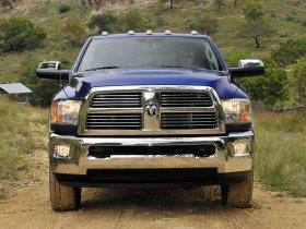 Ver foto 12 de Dodge RAM 3500 Heavy Duty Laramie Mega Cab 4x4 2009