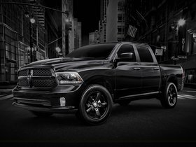 Ver foto 3 de Dodge Ram 1500 Black Express 2013