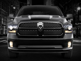 Fotos de Dodge Ram 1500 Black Express 2013