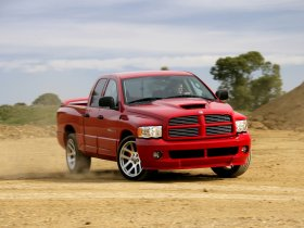 Fotos de Dodge Ram SRT-10 2004