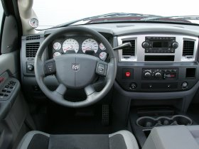 Ver foto 8 de Dodge Ram SRT-10 2007