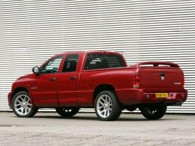 Ver foto 2 de Dodge Ram SRT-10 2007