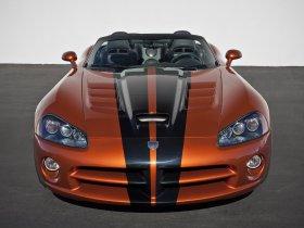 Ver foto 2 de Dodge Viper SRT-10 2010