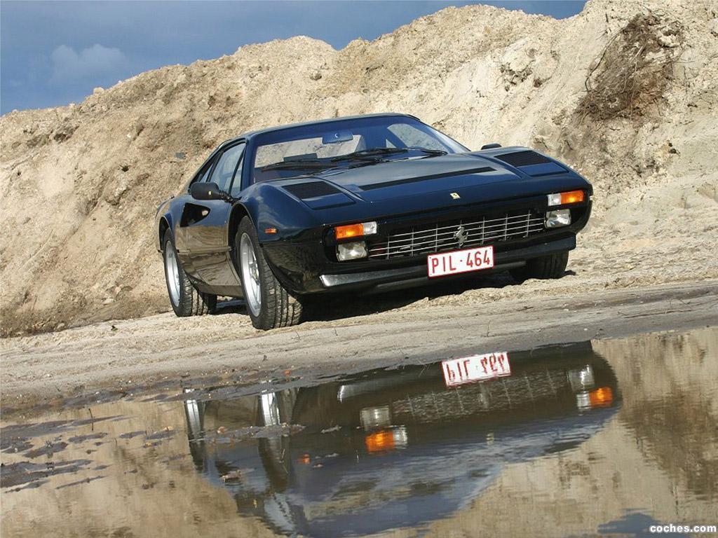 Foto 4 de Ferrari 308 GTSi Quattrovalvole 1982