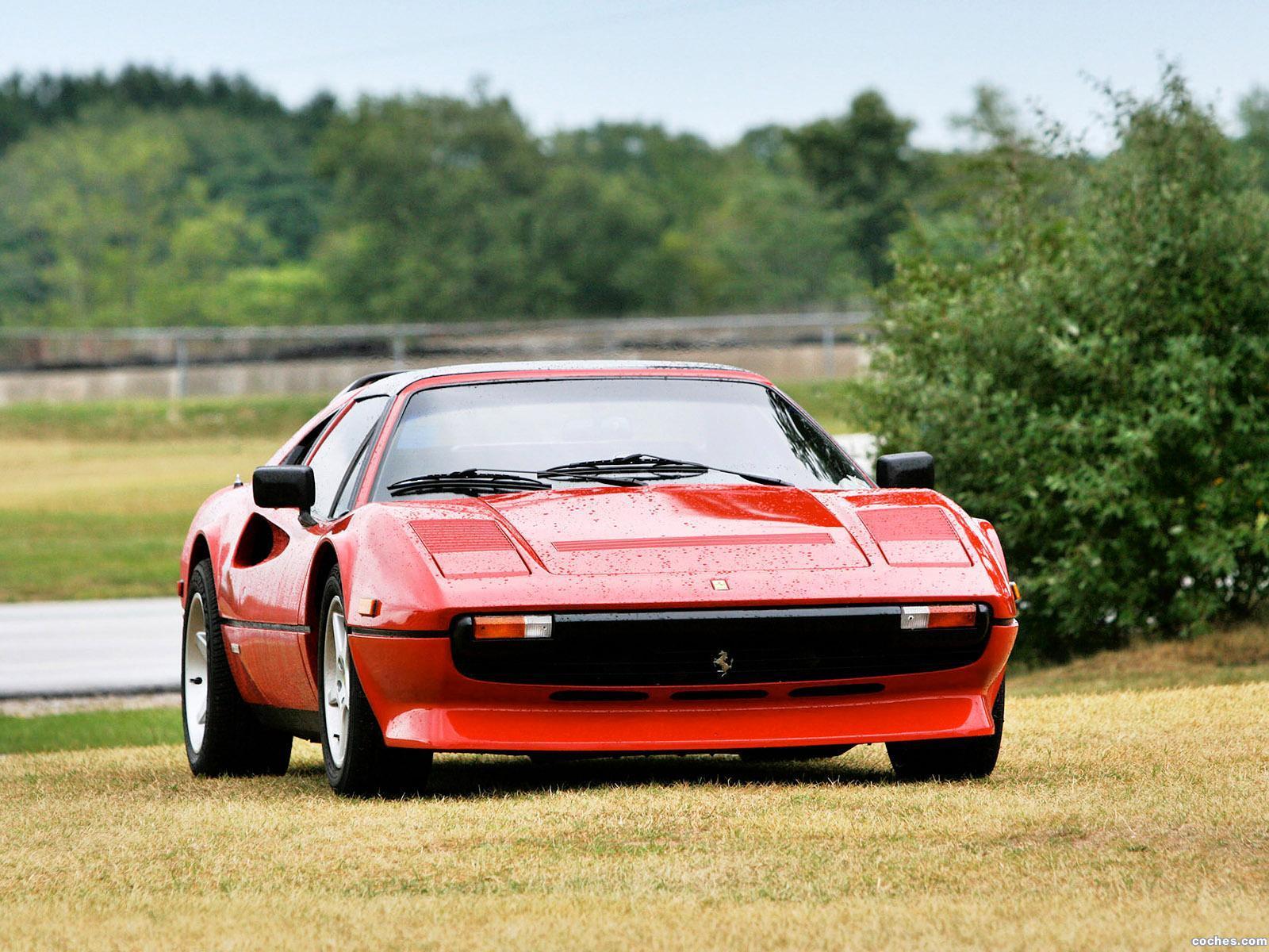 Foto 2 de Ferrari 308 GTSi Quattrovalvole 1982