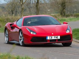 Fotos de Ferrari 488 GTB UK 2015