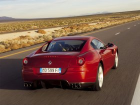 Ver foto 10 de Ferrari 599 GTB 2006