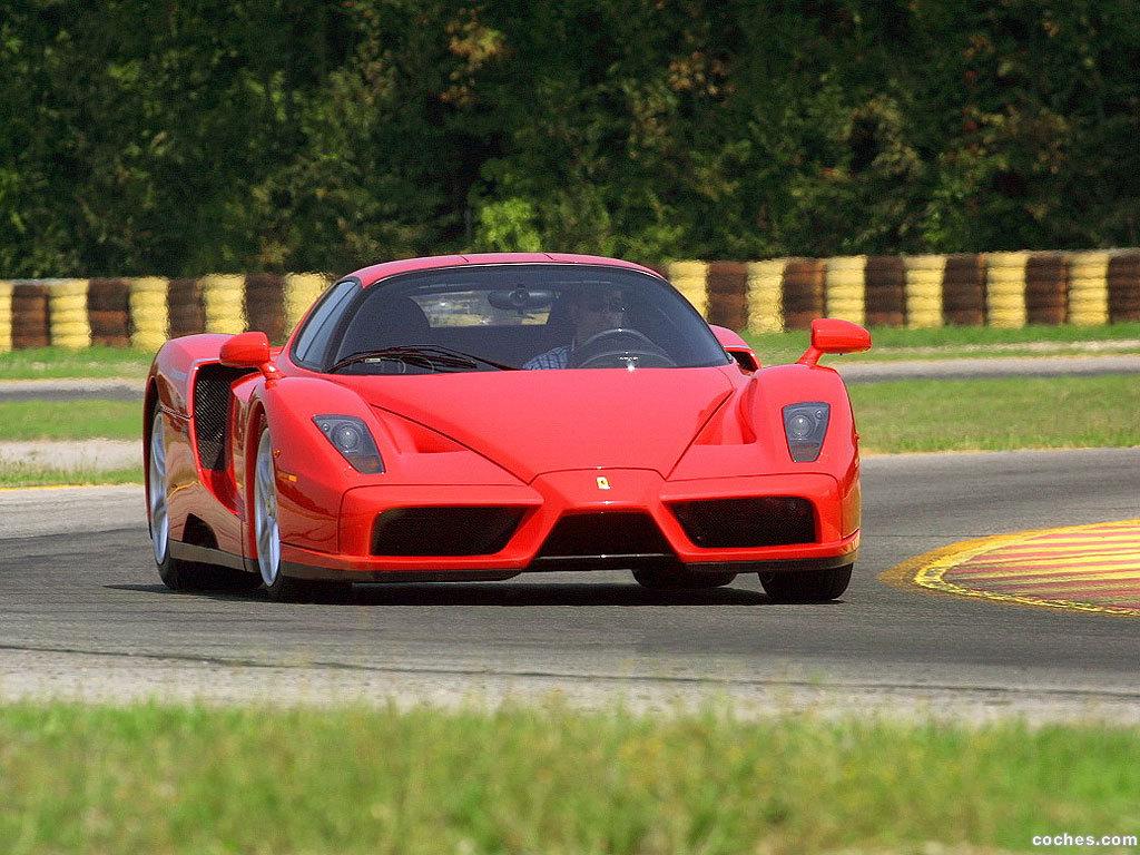 Foto 30 de Ferrari Enzo 2002