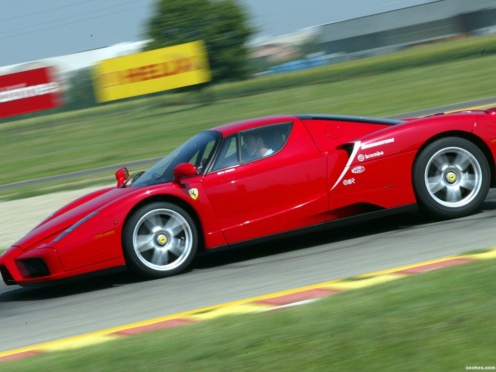 Foto 17 de Ferrari Enzo 2002