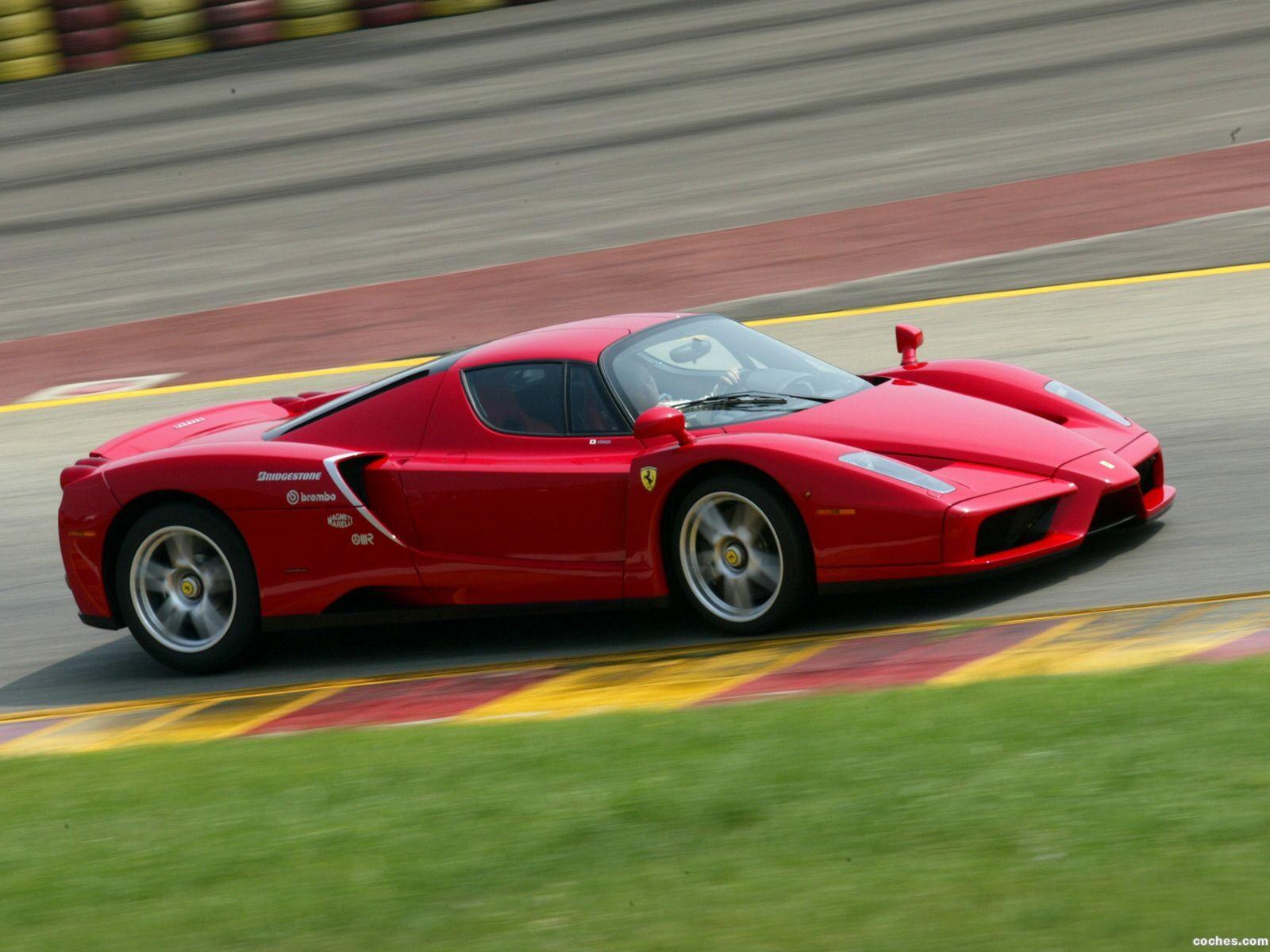 Foto 12 de Ferrari Enzo 2002