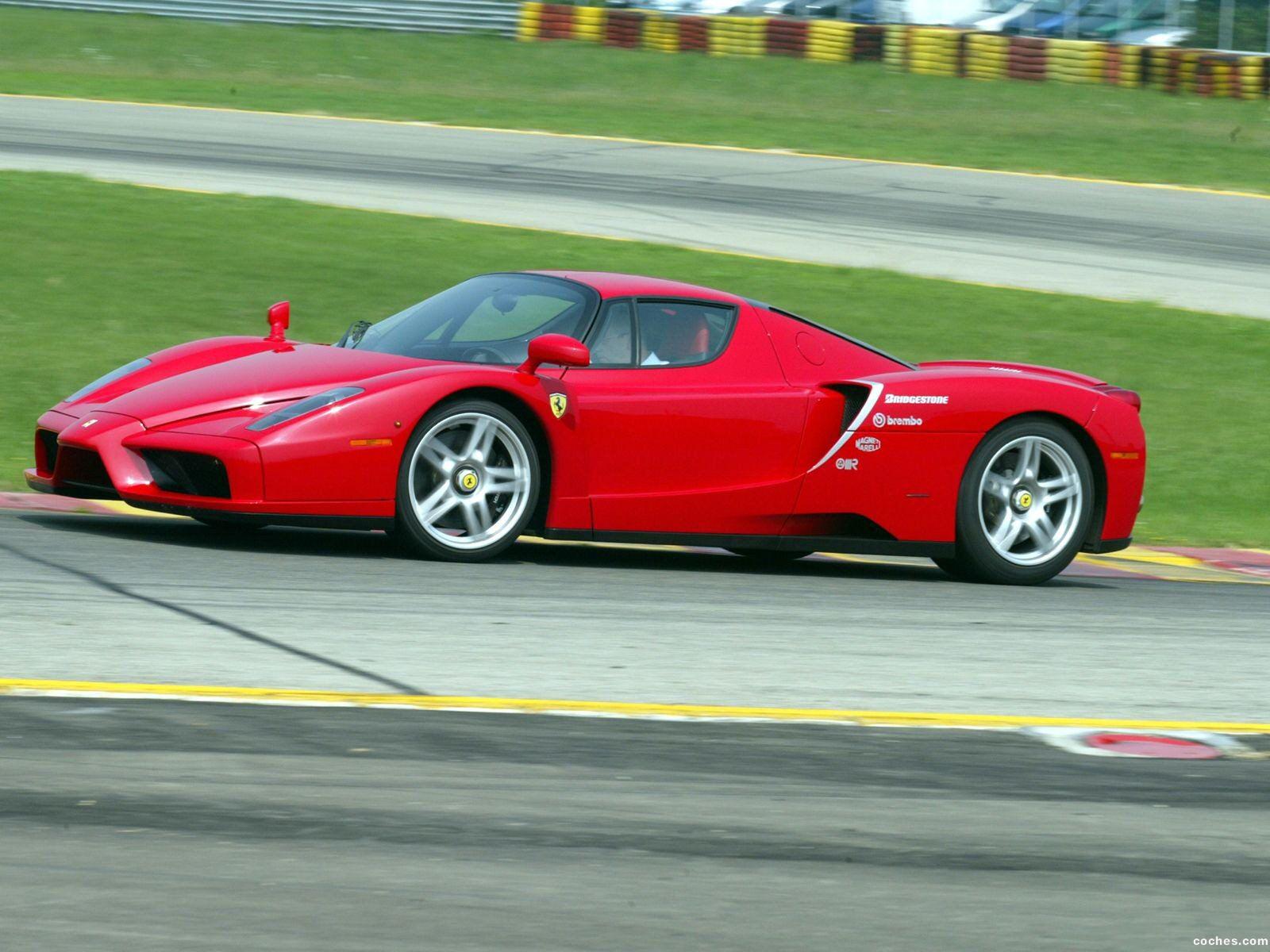 Foto 10 de Ferrari Enzo 2002