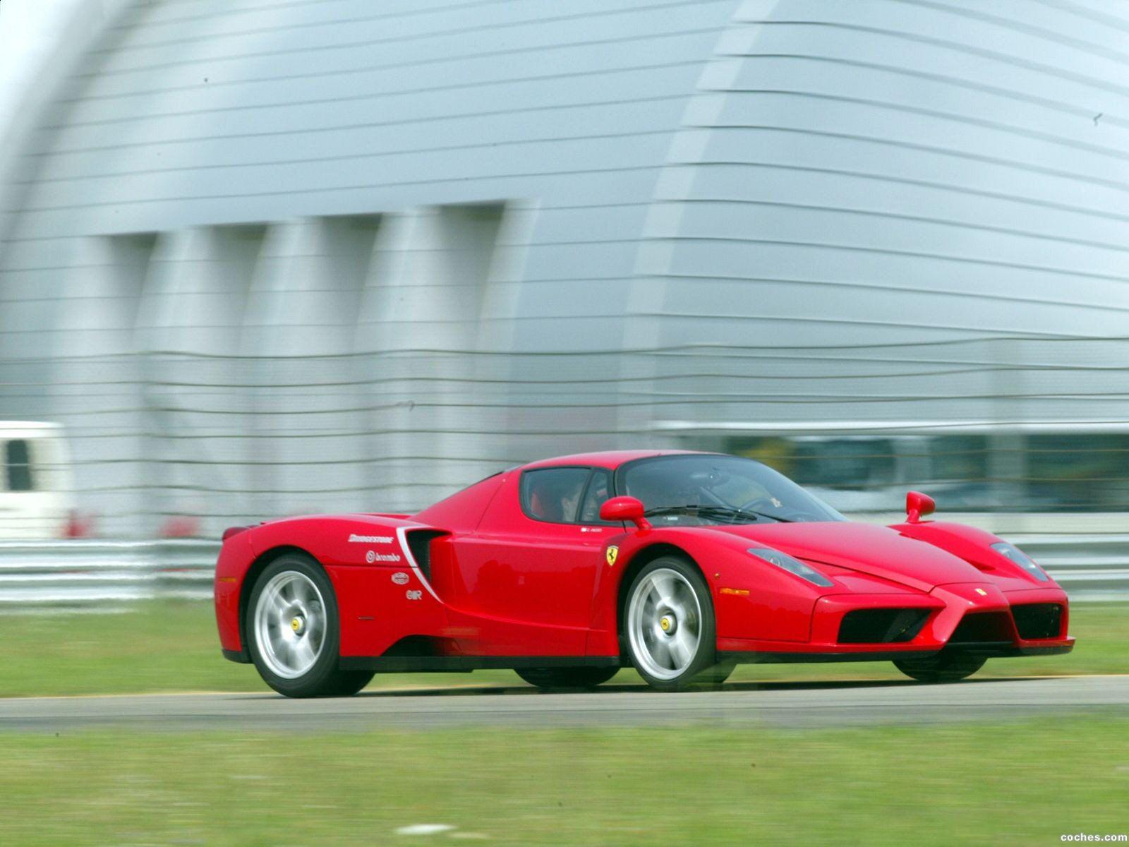 Foto 9 de Ferrari Enzo 2002