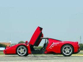 Ver foto 8 de Ferrari Enzo 2002