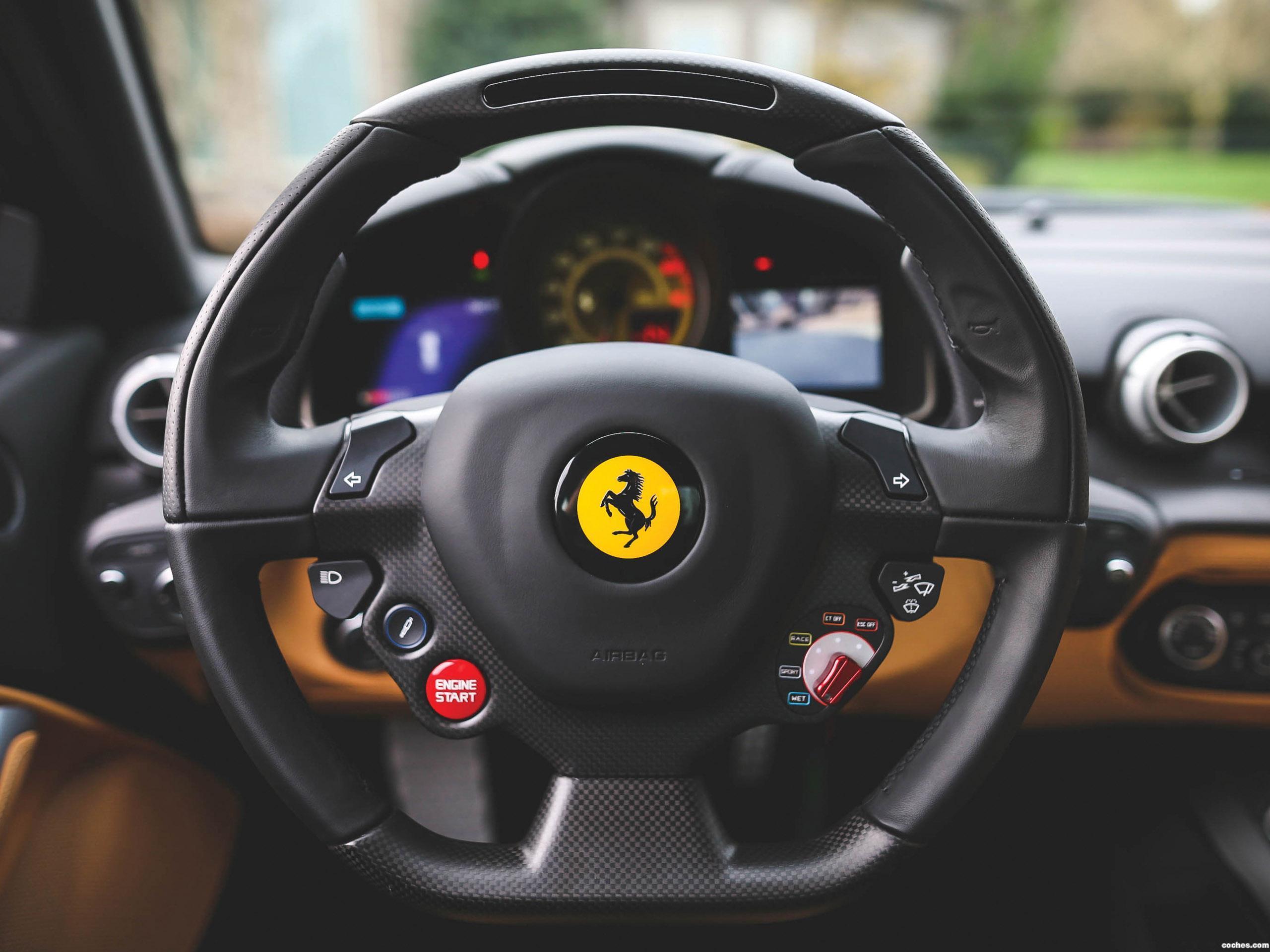 Foto 39 de Ferrari F12 berlinetta The Magnum Pi 2017
