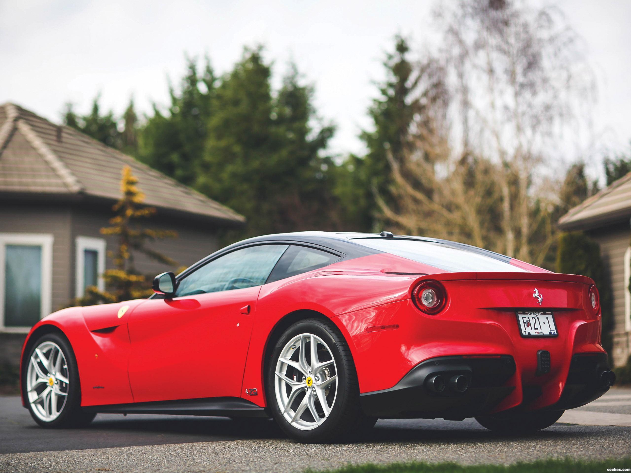Foto 4 de Ferrari F12 berlinetta The Magnum Pi 2017
