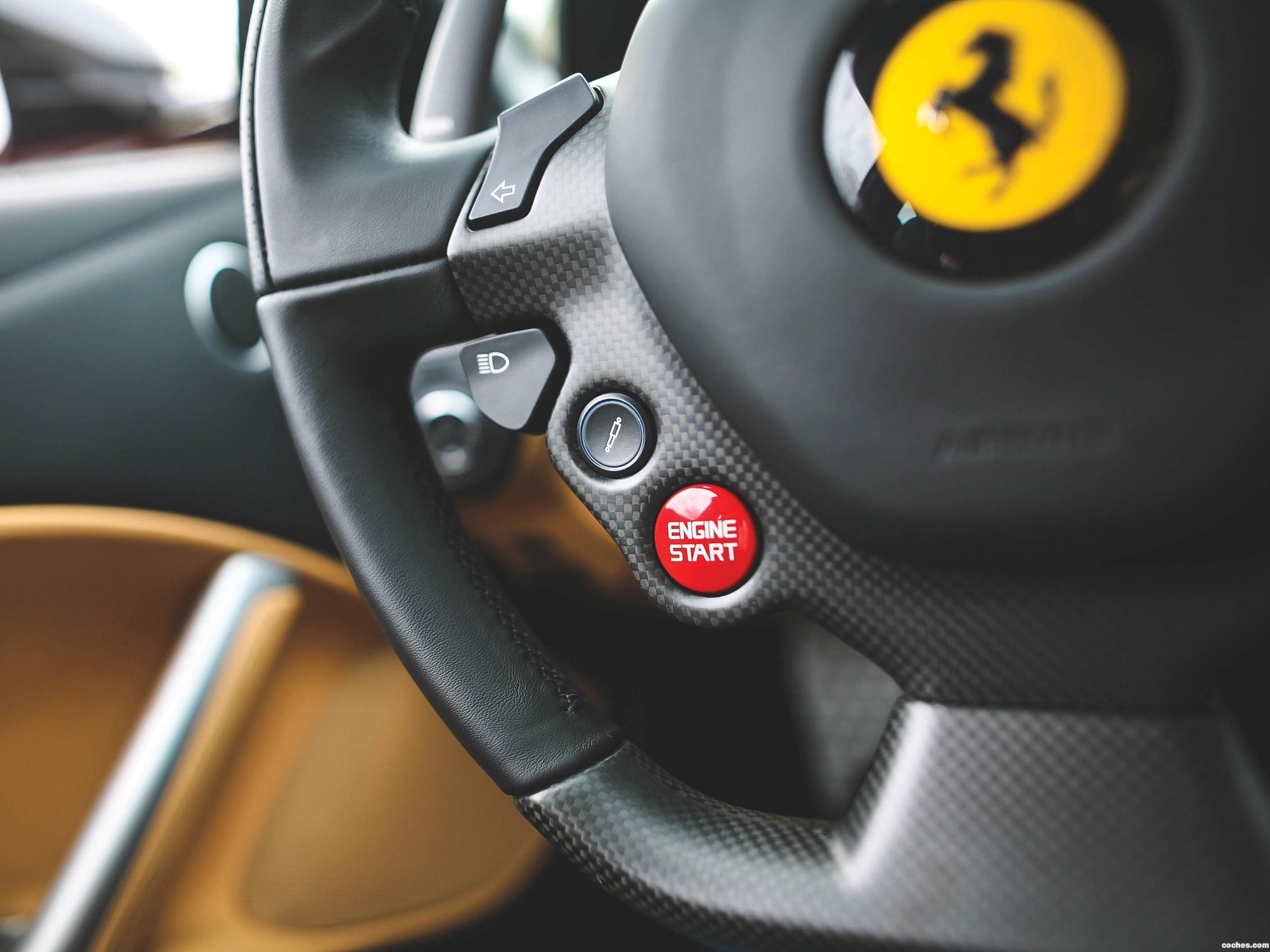 Foto 32 de Ferrari F12 berlinetta The Magnum Pi 2017