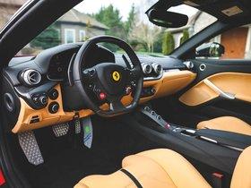 Ver foto 39 de Ferrari F12 berlinetta The Magnum Pi 2017