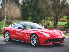 Fotos de Ferrari F12 berlinetta The Magnum Pi 2017